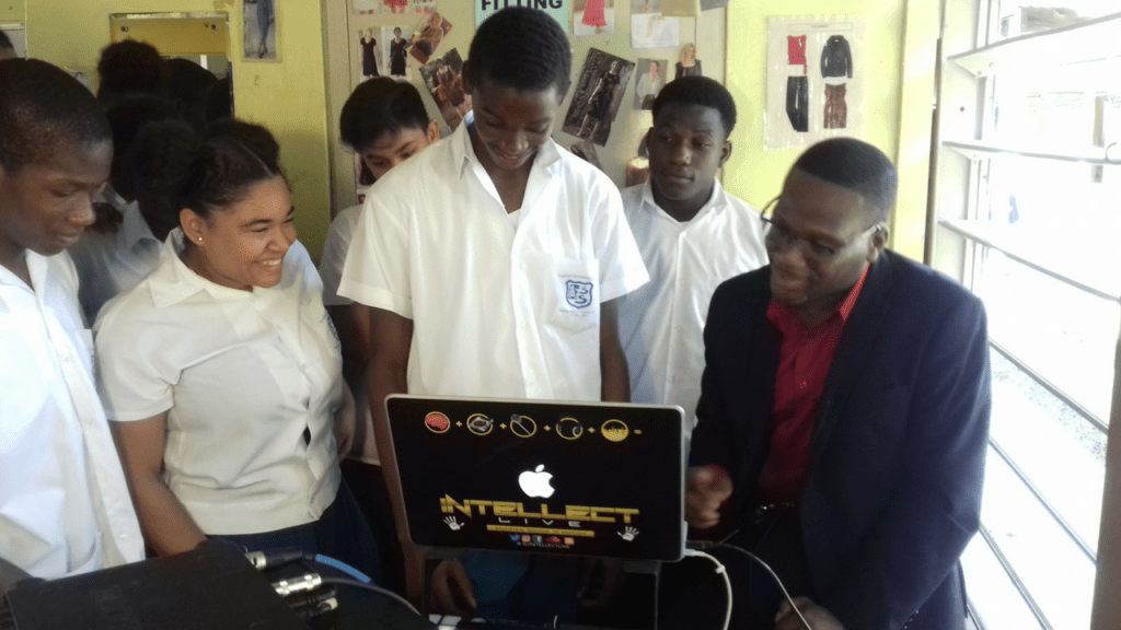 Photo of DianJen DJ with Fyzo students